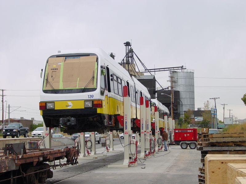 Set de coloane mobile pentru vagoane si tramvaie